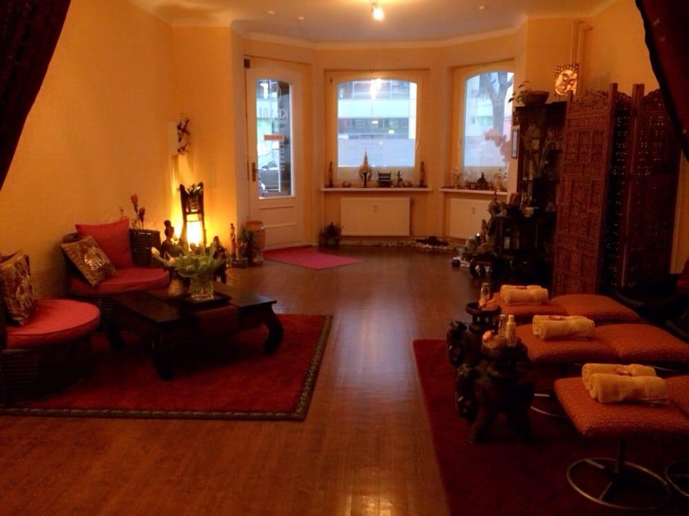 krabi thaimassage 14 photos massage sch neberg. Black Bedroom Furniture Sets. Home Design Ideas