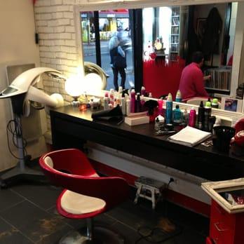 Le gar on coiffeur coiffeur salon de coiffure mairie for Salon esthetique homme paris