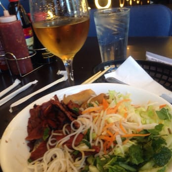 Yin l 39 s reviews los angeles yelp for Amazing thai cuisine north hollywood