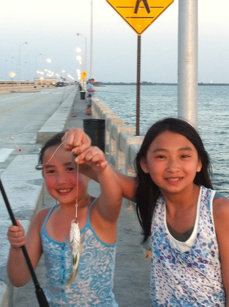 Cass and maddy 39 s first catch yelp for Skyway fishing pier fishing report