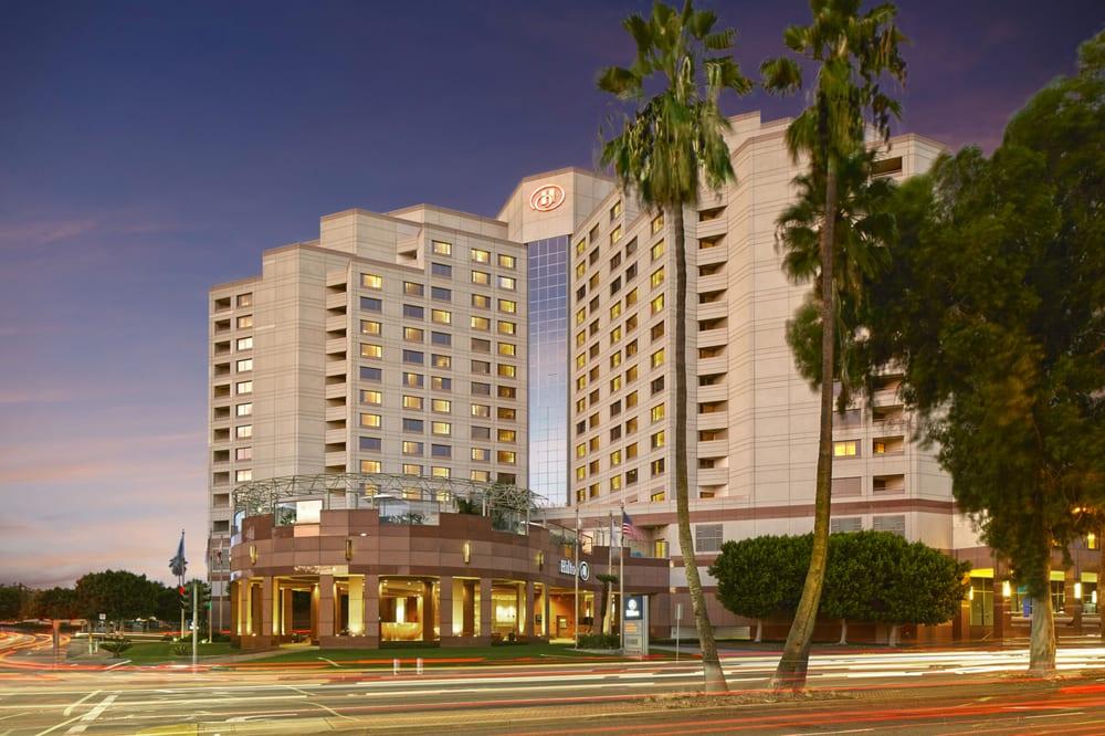 Long Beach Hotels Near Ocean Blvd