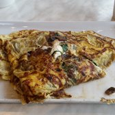 "Skinny"" omelette with goat cheese spinach and mushrooms"
