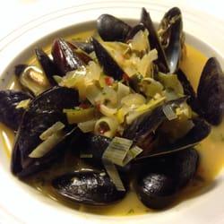 Sunh fish seafood markets downtown sacramento ca for Fish market sacramento