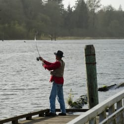 Friends landing 24 photos campgrounds 300 katon rd for Chehalis river fishing