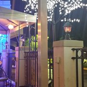 Broadway Ristorante & Pizzeria - Patio seating at night. - Altamonte Springs, FL, Vereinigte Staaten