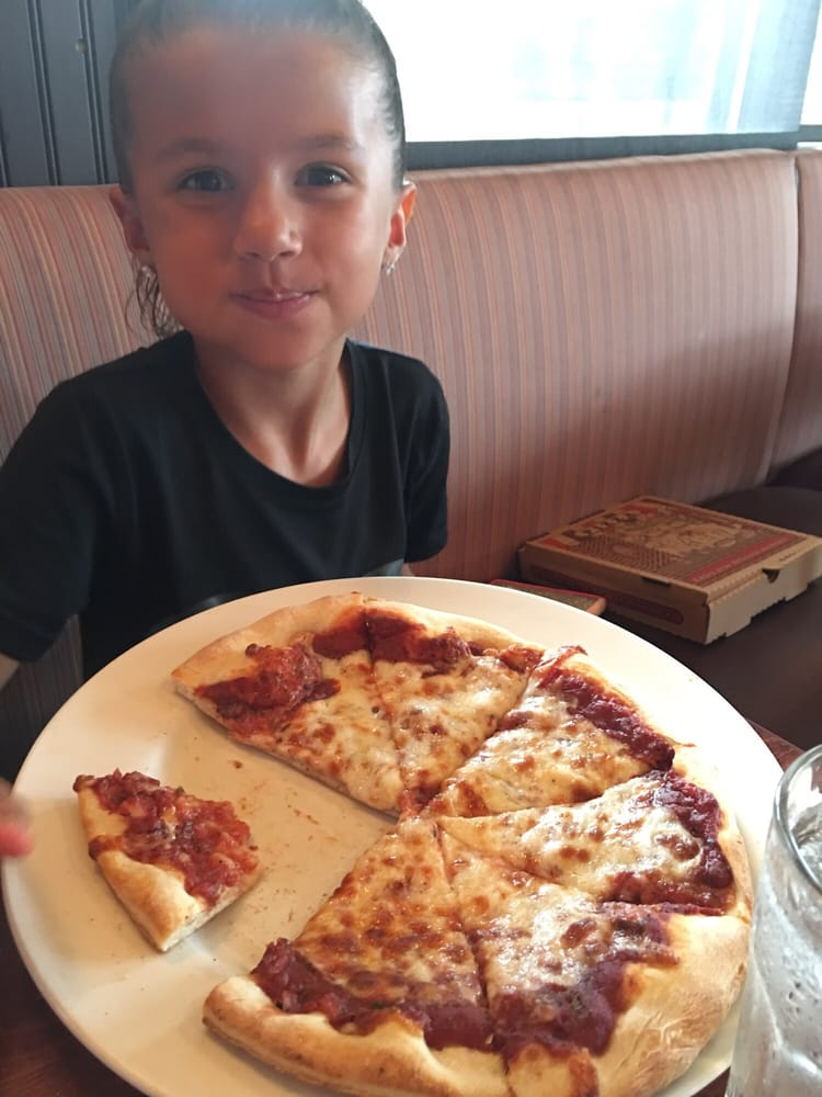 Kids huge cheese pizza yelp - Pizzeria con giardino roma ...