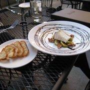 Metrovino - humboldt(?), figs, walnuts and toasts - Portland, OR, Vereinigte Staaten