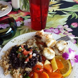 Marker 8.5 - Goodland, FL, États-Unis. Loved the grilled Seafood and black beans and rice as my side!!