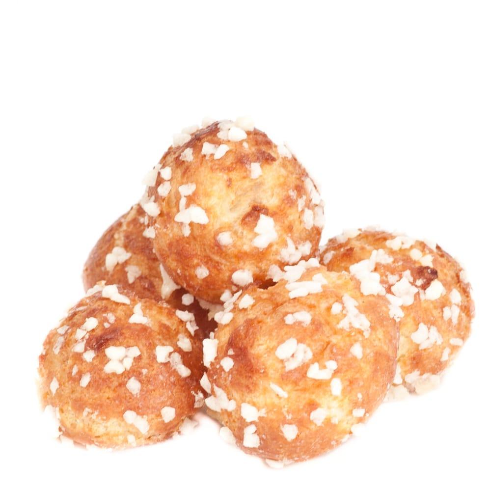... pearl sugar cream puffs with pearl chouquettes sugar puffs chouquette
