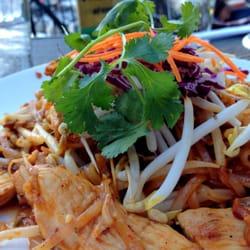 Mali Thai Cuisine logo