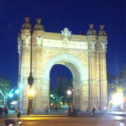 Arc de triomf en la noche