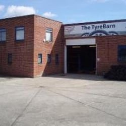 the tyrebarn, Newbury, West Berkshire