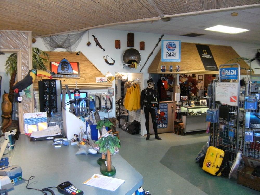 Toucan dive shop scuba diving lake villa il yelp for The dive shop