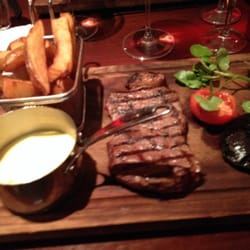Steak and Bernaise sauce