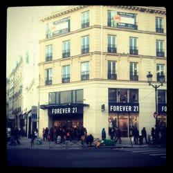 Forever 21 - Paris, France de Stephanie L.
