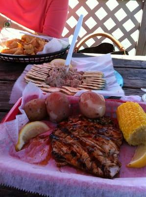 Dewey destin seafood seafood destin fl reviews for Destin fish market