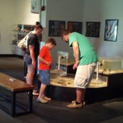 Uga Marine Education Center Aquarium Aquaria
