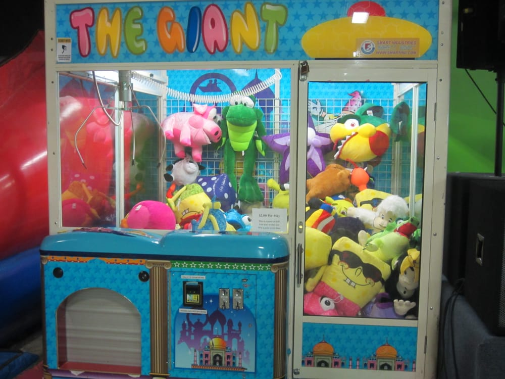 claw machine pictures