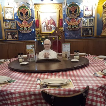 Buca di beppo italian restaurant 61 photos italian broomfield co reviews menu yelp - Buca di beppo pope table ...