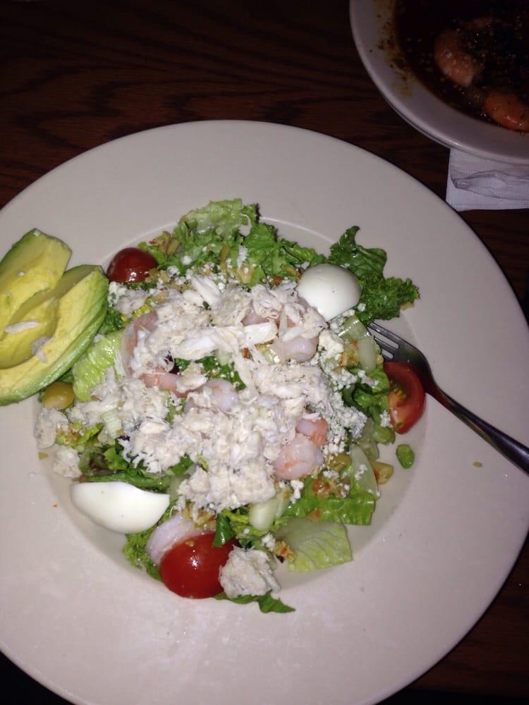 Seafood cobb salad yelp for Fish market alexandria va