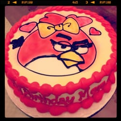 Angry bird cake, so good!