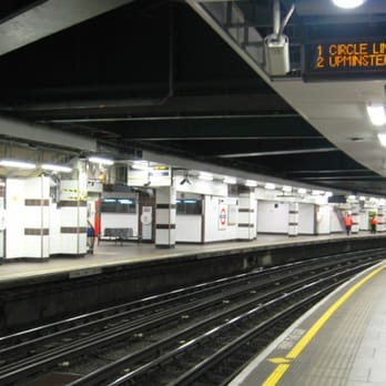 View from the eastbound platform. Terminating trains stop in the platform across the tracks, and the main westbound platform is