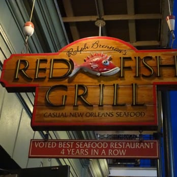 Red fish grill seafood restaurants central business for Red fish grill new orleans la