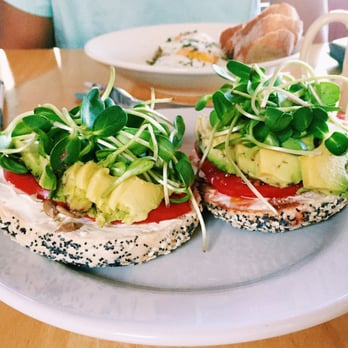 Sally loo s wholesome cafe 325 photos 417 reviews for Elite food bar 325 east 48th street