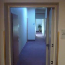 Übergang zum Hotel Central