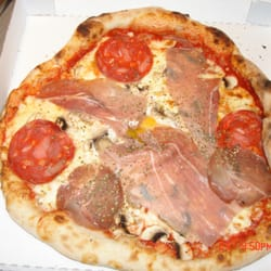 Pizza with Jambon and Pepperoni