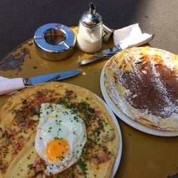 Nutella and egg/ham pfannkuchen (pancakes....but really open face crepes)