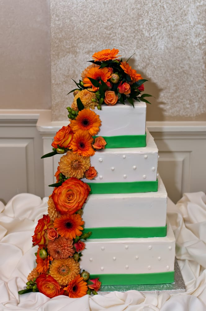 Cake Art Md : wedding cake in square w/ green fondant ribbon and cascade ...