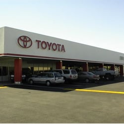 Poe Toyota - 31 Photos & 29 Reviews - Car Dealers -
