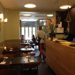 Aamanns Etablissement - Copenhague, Danemark. Seemed quiet for a Saturday afternoon.