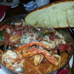 Large famous dungeness crab cioppino for Fish market palo alto