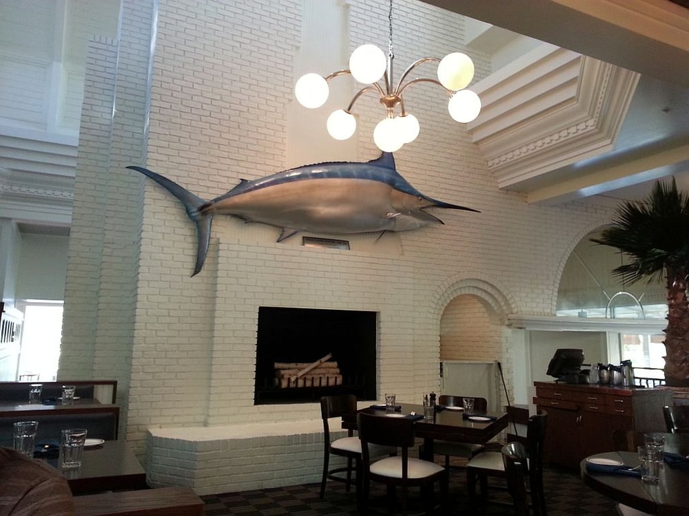 Main dining area in city fish market in boca raton fl yelp for Fish market boca raton