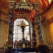 Hôtel des Invalides - Paris, France. Altare zona tomba Napoleone