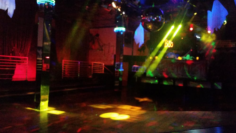 Gay Seattle Guide - Gay Bars & Clubs, Hotels, Beaches