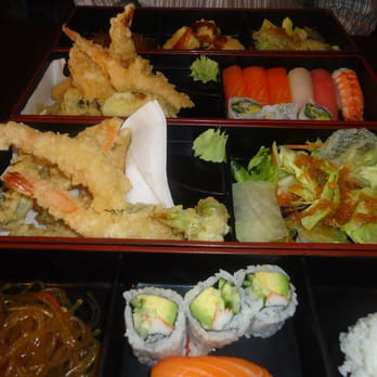sushi bbq on yonge closed sushi downtown core toronto on canada reviews photos. Black Bedroom Furniture Sets. Home Design Ideas