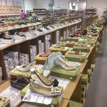 Sri Shoe Warehouse - Talk about selection - Reisterstown, MD, United