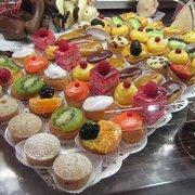 Aux Delices de Manon, Paris, France