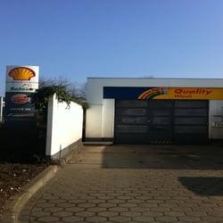 Shell Deutschland Oil GmbH , Tankstelle, Hamburg, Germany