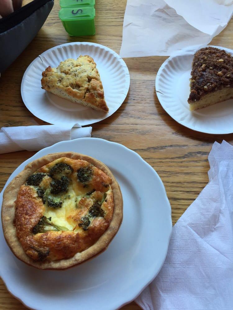 Crows Bakery & Opera House Cafe - Bakeries - Proctorsville ...