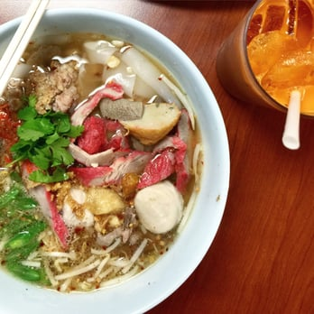 Pa ord noodle los angeles ca united states tom yum for Amazing thai cuisine north hollywood