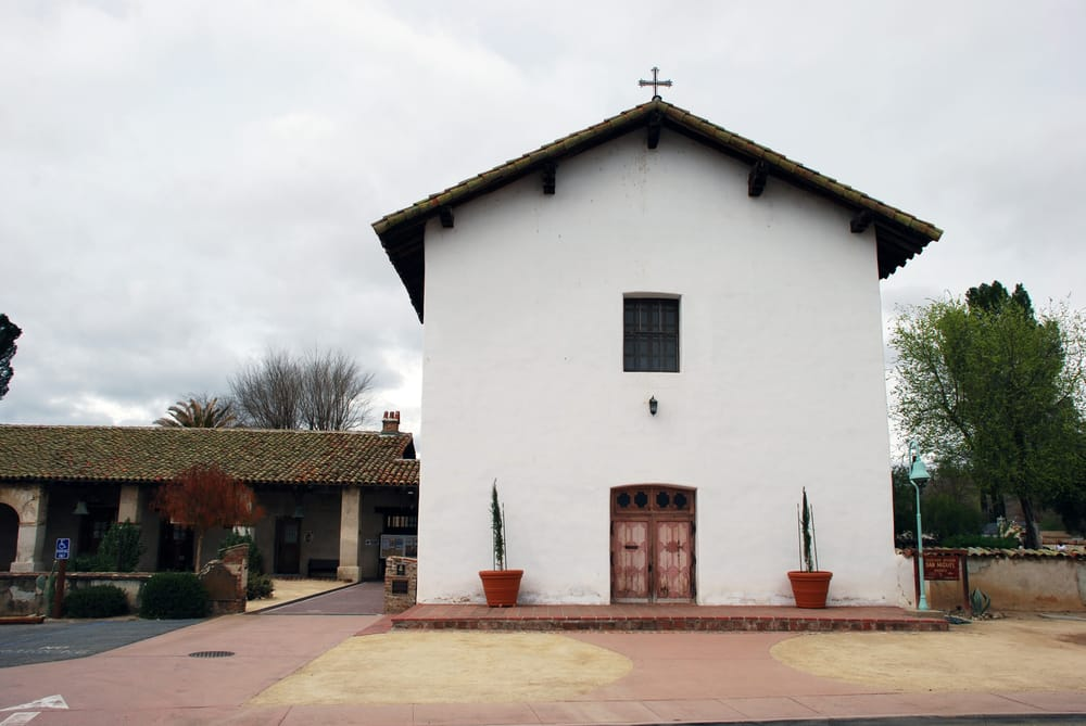 San Miguel (CA) United States  City pictures : San Miguel Arcangel Mission San Miguel, CA, United States