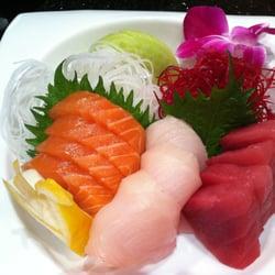 Otoro Sushi logo