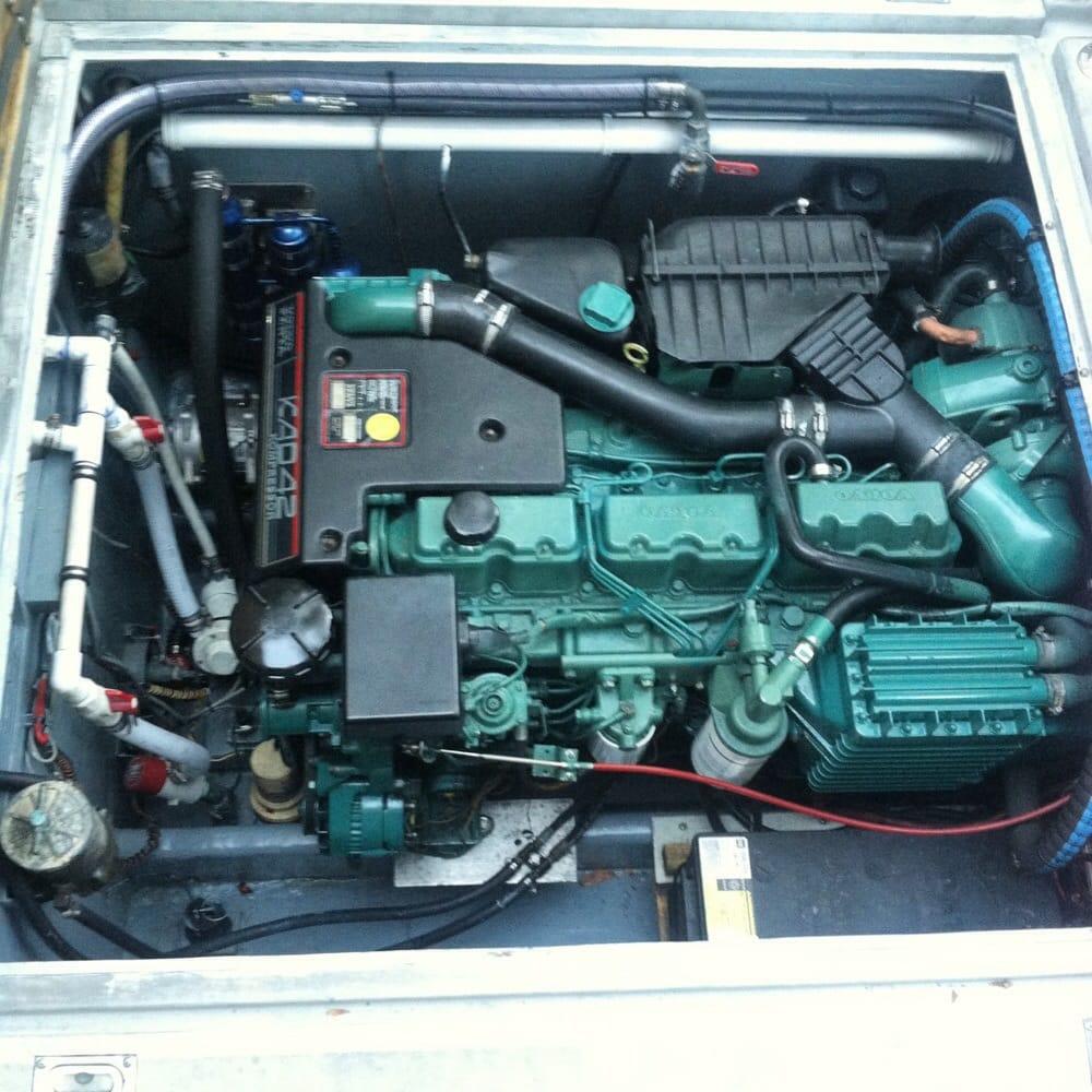 Volvo Marine Engines: KAD42 Volvo-Penta Diesel Marine Engine.