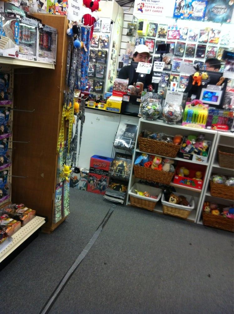 Toys N Joys : Toys n joys closed photos toy shops honolulu