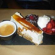 Fil à la Une - Toulouse, France. Café gourmand! Miam!