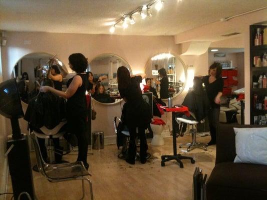 Blo salon and day spa closed lincoln park chicago for Blo hair salon
